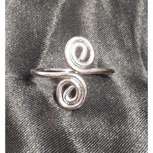 New Open Size Silvertone Swirl Ring Boho Fashion